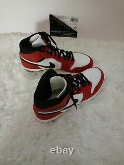 Ar5804-106 nike air jordan 1 TD mid football cleat. Chicago red white and black