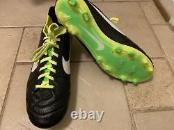 Nike Tiempo Legend US size 11.5 Soccer Football Boots Cleats