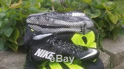 Nike Vapor Intouchable Td Football Crampons Taille 9.5 Noir Blanc 698833-010
